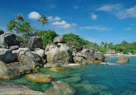 Matras-beach-rocks!