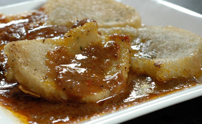 Cireng with delicious sauce